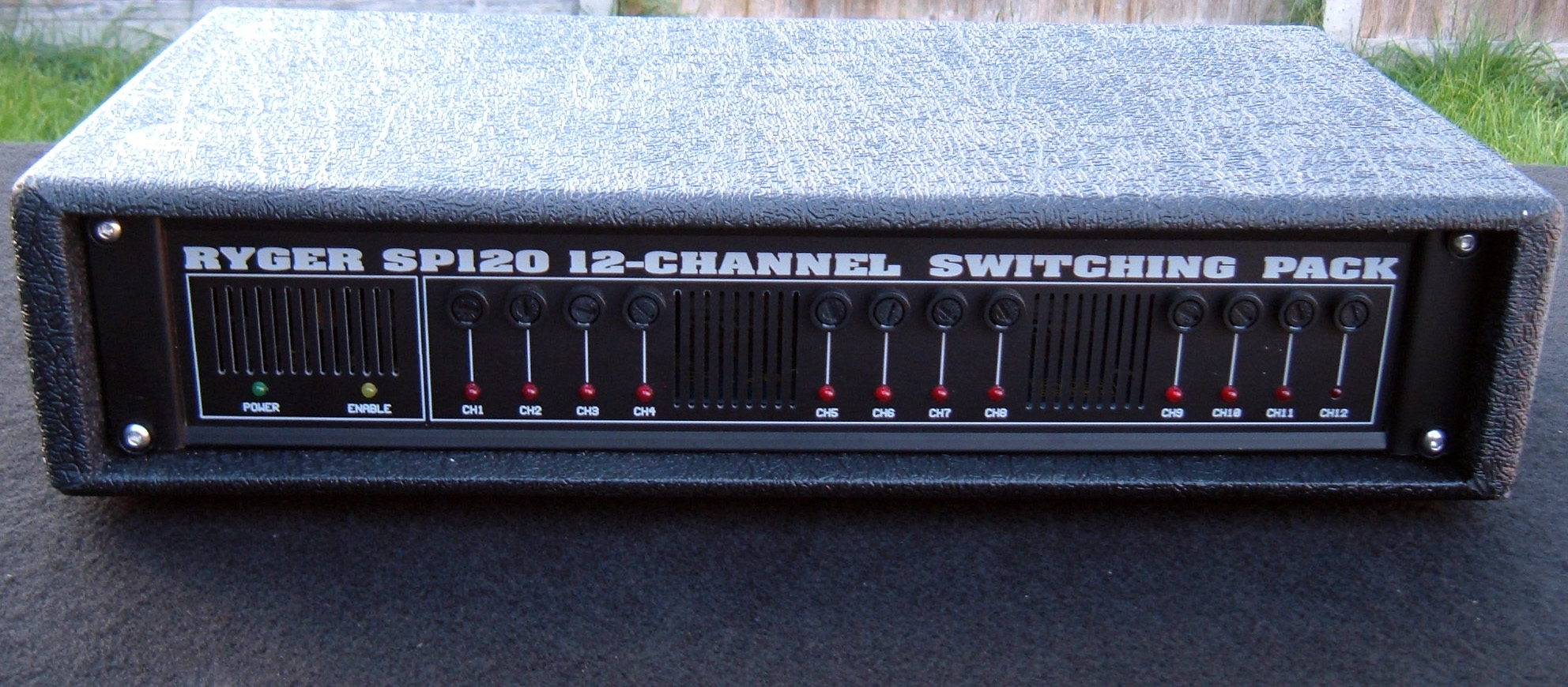 Ryger SP120 12chan switch
